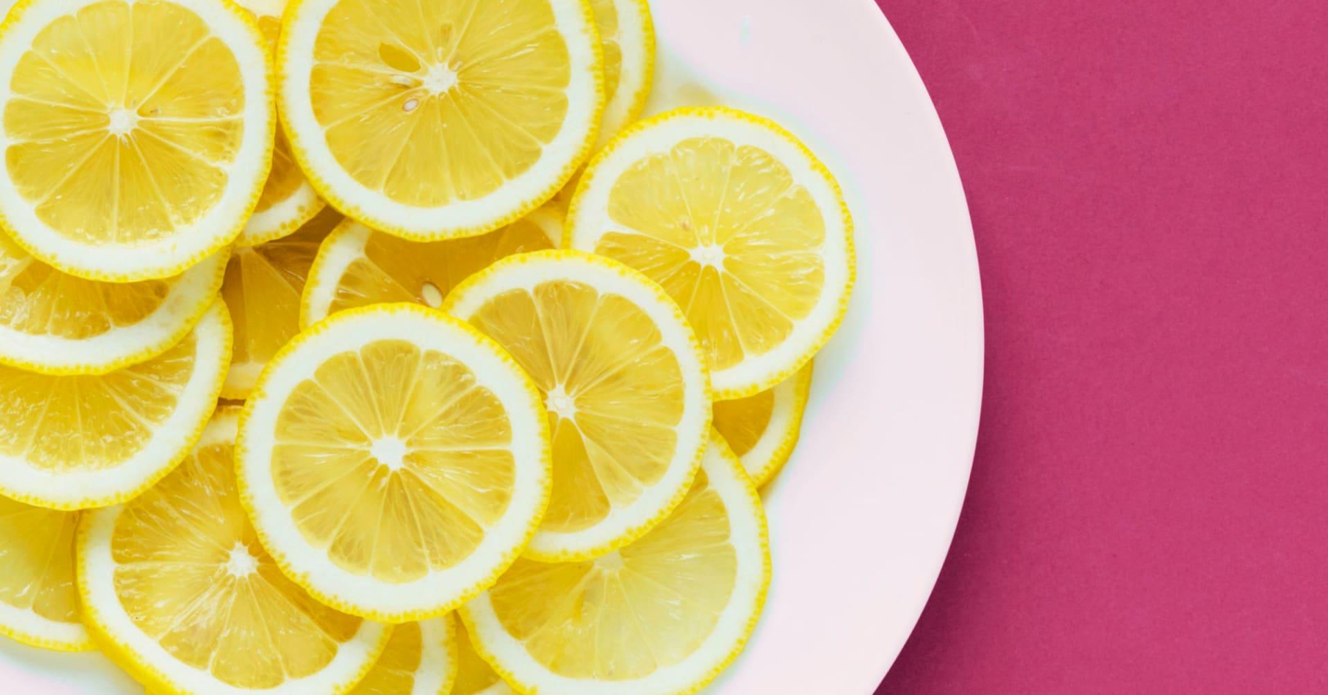 El agua con limón